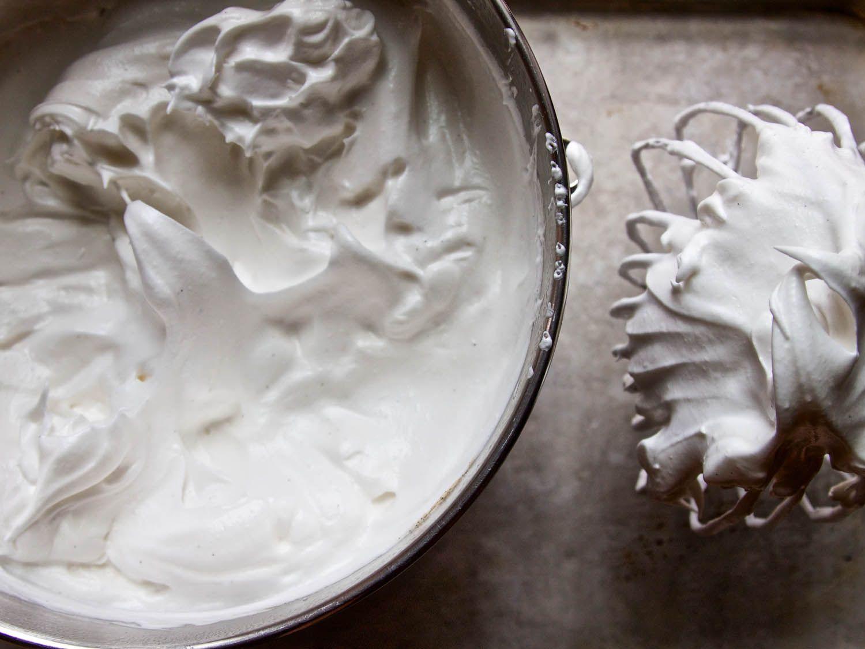 20140716-smores-BourbonMarshmallow-ideas-in-food.jpg