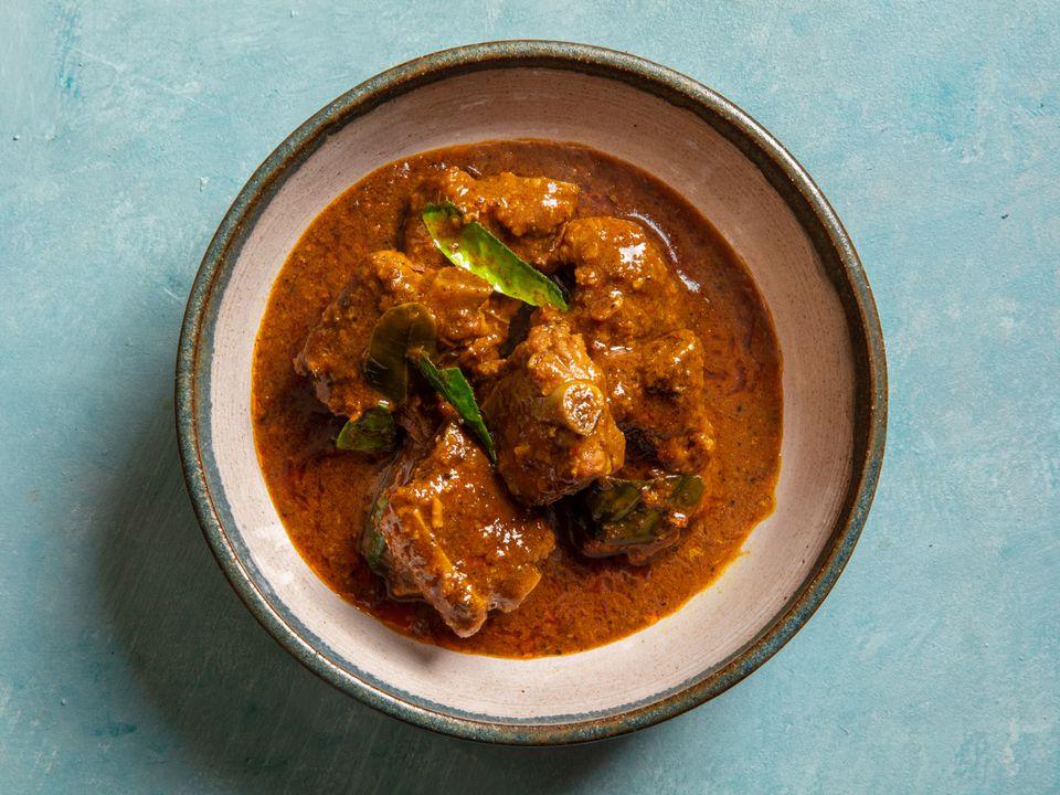 Gaeng Khua Prik Si Krong Moo (Southern Thai Curry with Pork Ribs)