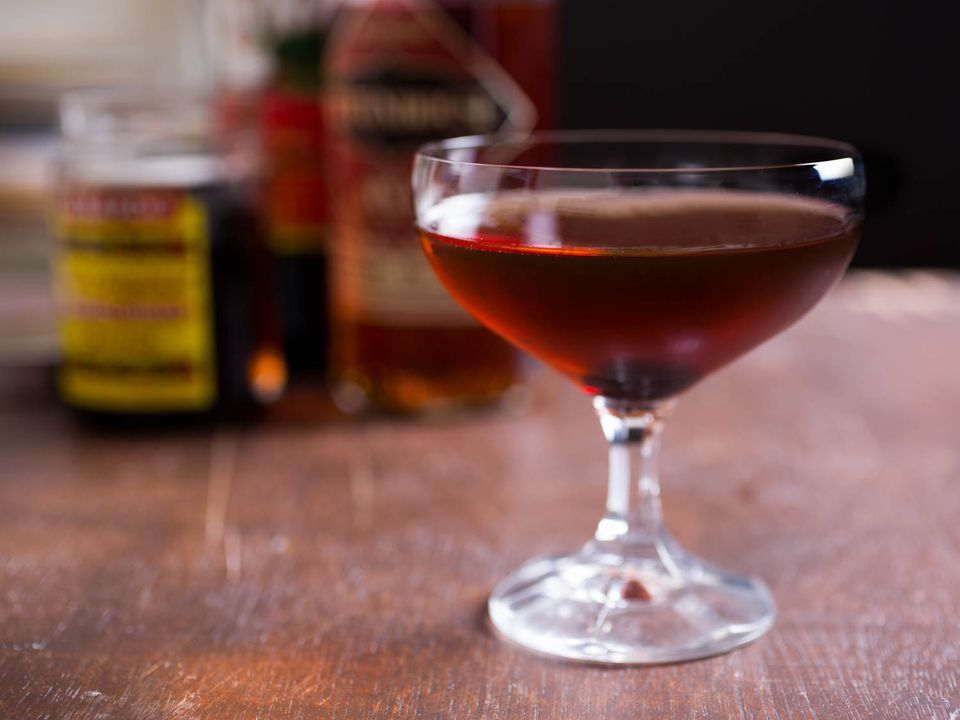 20150618-three-ingredient-cocktails-man-about-town-vicky-wasik.jpg
