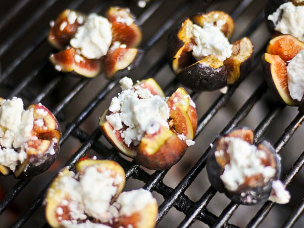 20111101-177674-grilled-figs-with-goat-cheese.jpg