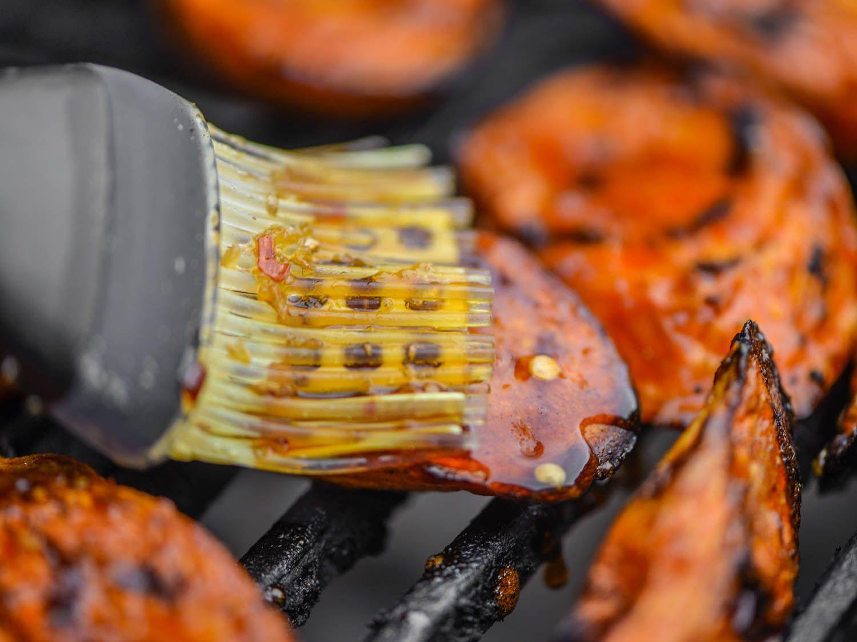 20141003-roasted-carrots-with-sweet-soy-glaze-step-4-joshua-bousel.jpg
