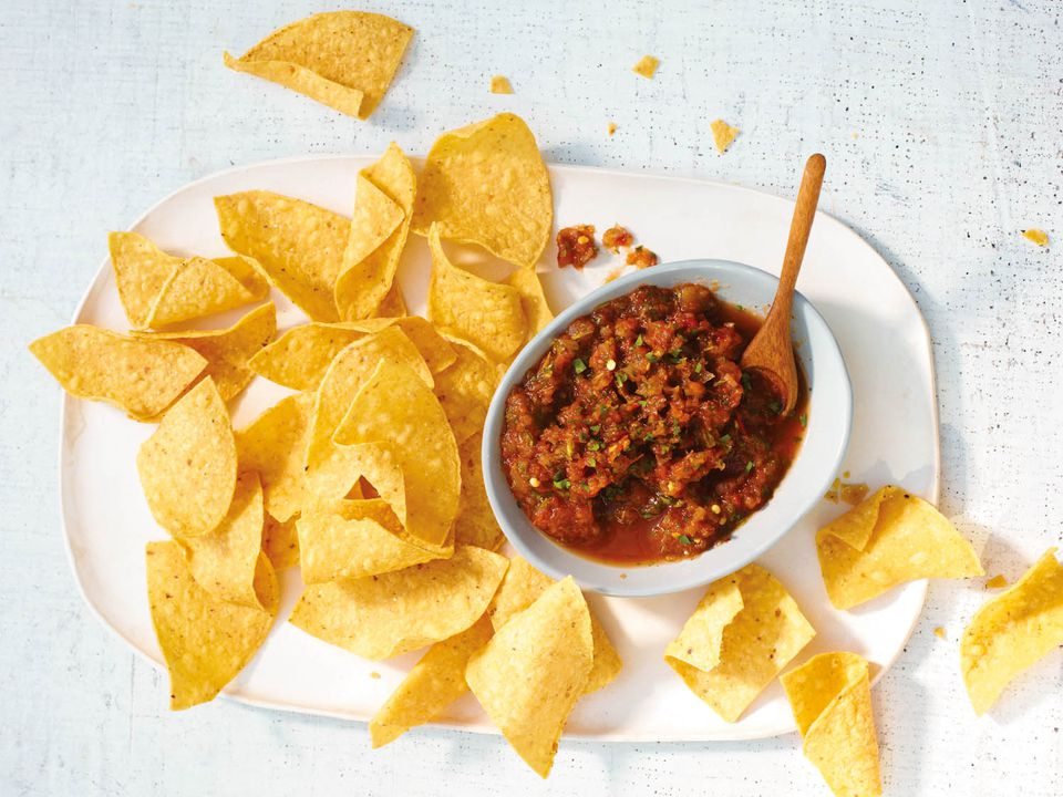 tomato mint salsa and tortilla chips