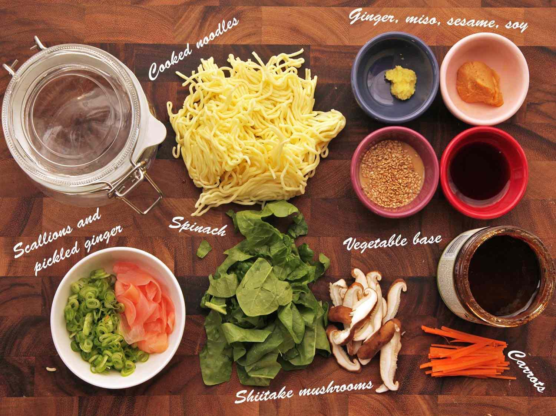 20140929-instant-noodles-diy-recipe-sesame-miso-vegetable-01-labels.jpg