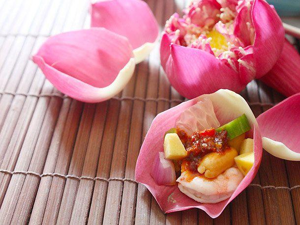 20130114-pomelo-shrimp-one-bite-salad-edit.jpg