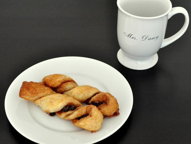 20120112-wakeandbake-cinnamonraisintwists.JPG