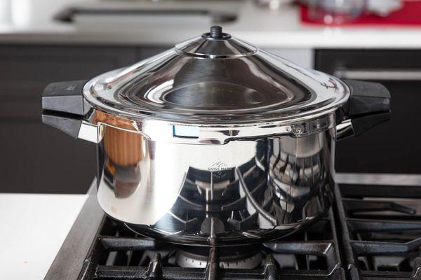 20200211-pressure-cooker-brisket-vicky-wasik-16