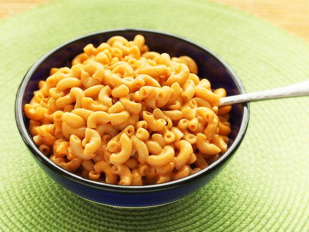 20140214-macaroni-and-cheese-baked-potato-broccoli-cheese-nacho-01.jpg
