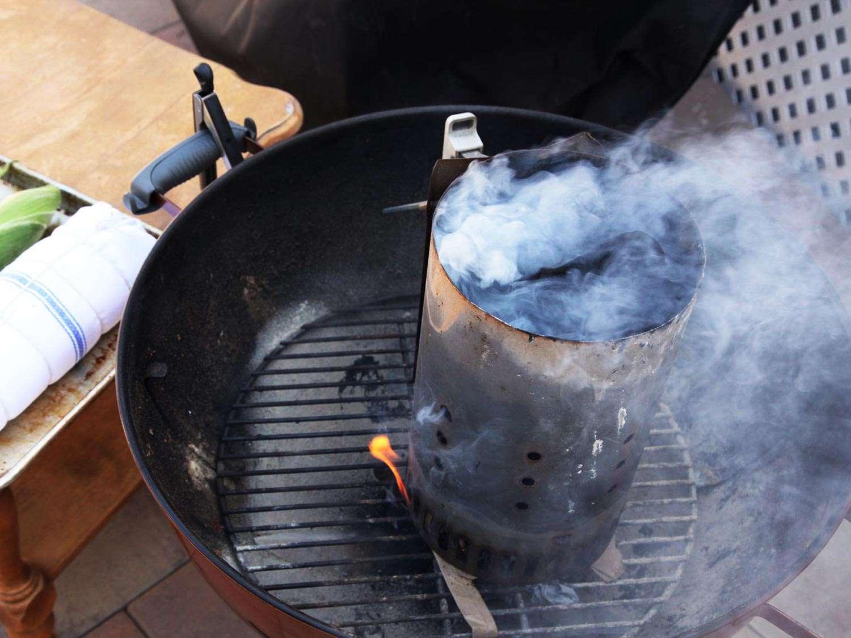 20150831-gas-vs-charcoal-grill-2.jpg