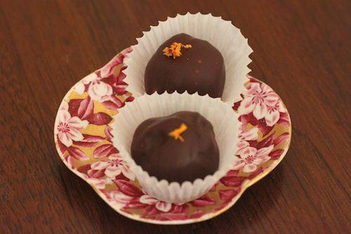 20110207-135984-ganache-truffles-saffron-orange.JPG