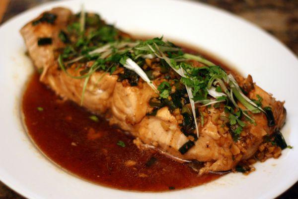20110919-127355-dinner-tonight-steamed-salmon-ginger-garlic.jpg