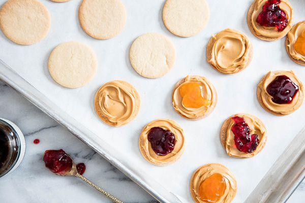 20160428-peanut-butter-cookies-vicky-wasik-7.jpg