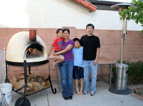 20100504-mpo-swong-family.jpg
