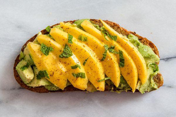 20160502-avocado-toast-vicky-wasik-mango-11