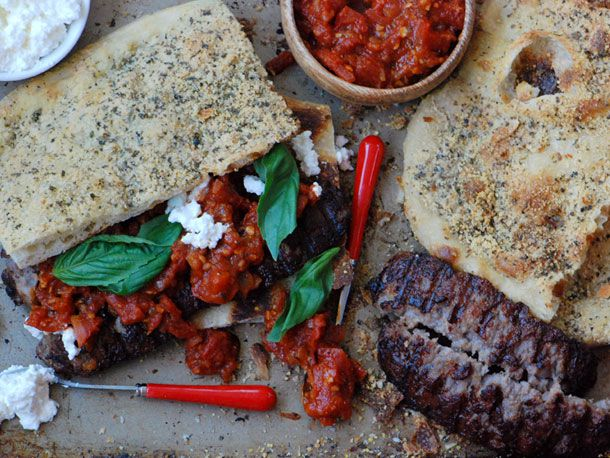 20120305-127677-Sandwiched-Sausage-Pizza-PRIMARY.jpg