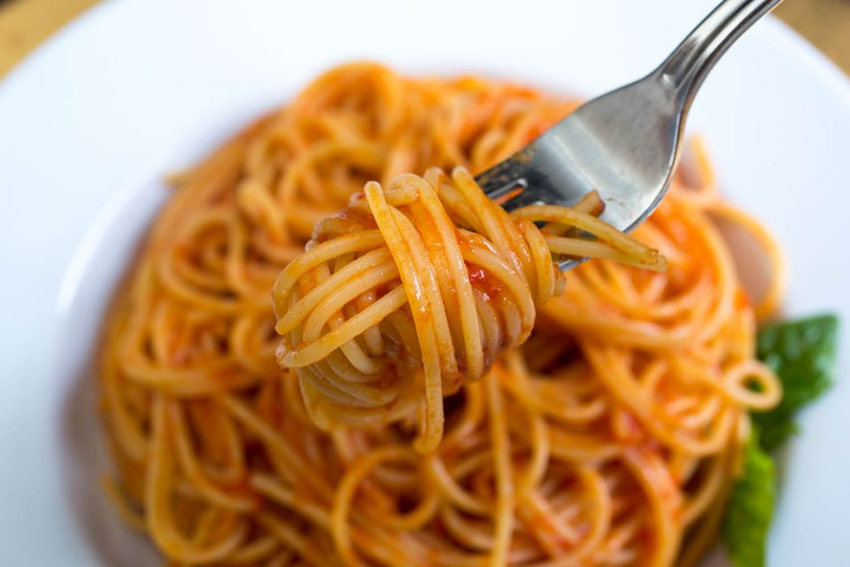20140818-tomato-sauce-vicky-wasik-5.jpg