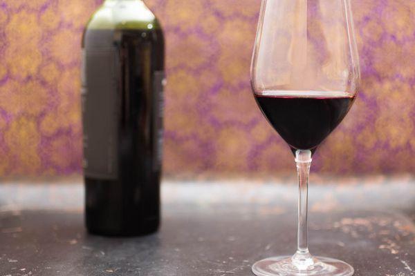 20151117-domestic-wine-red-vicky-wasik.jpg
