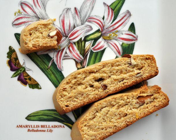 20130212-cookiemonster-honey-almond-biscotti.JPG