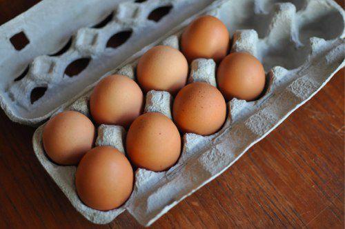 03272012-199099-eggs-in-carton.jpg