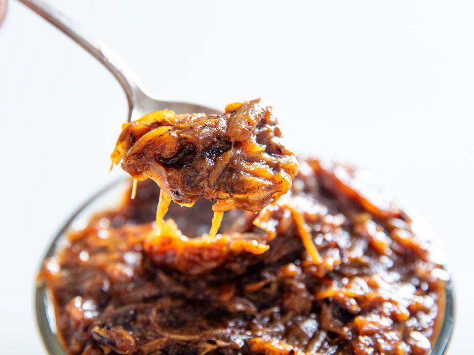 20190510-caramelized-onions-vicky-wasik-10
