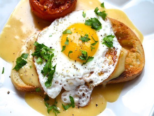 223165-20120926-british-bites-welsh-rarebit-roasted-tomatoes.JPG