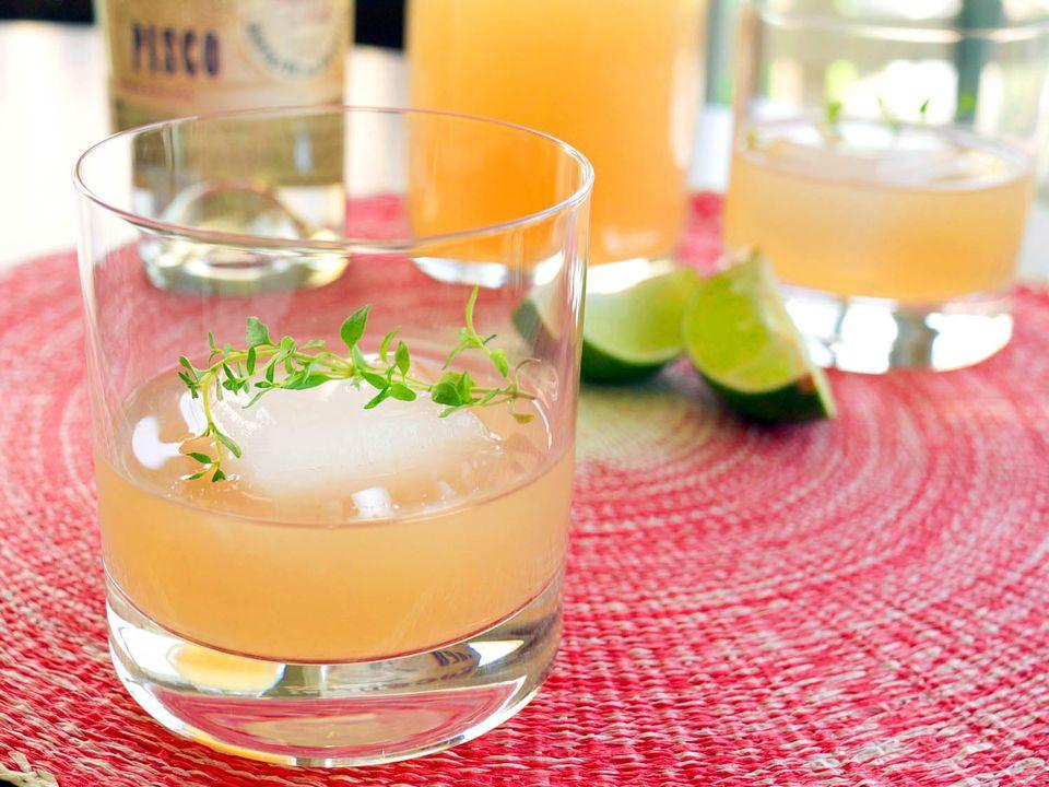 20150224-piscograpefruitcocktail-cocktails2-elana-lepkowski.jpg
