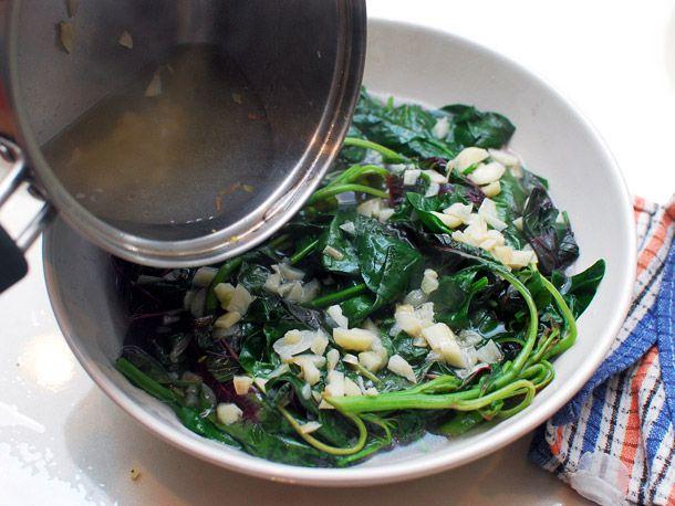 20140422-spinach-red-shen-choy-broth-07.jpg