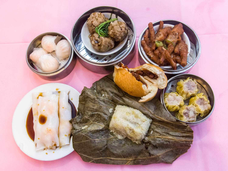 20150323-avenue-u-food-crawl-wing-hing-rabi-abonour03.jpg