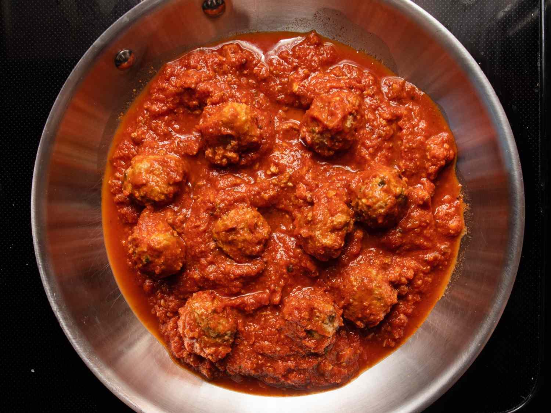 20210118-spaghetti-meatballs-vicky-wasik-15