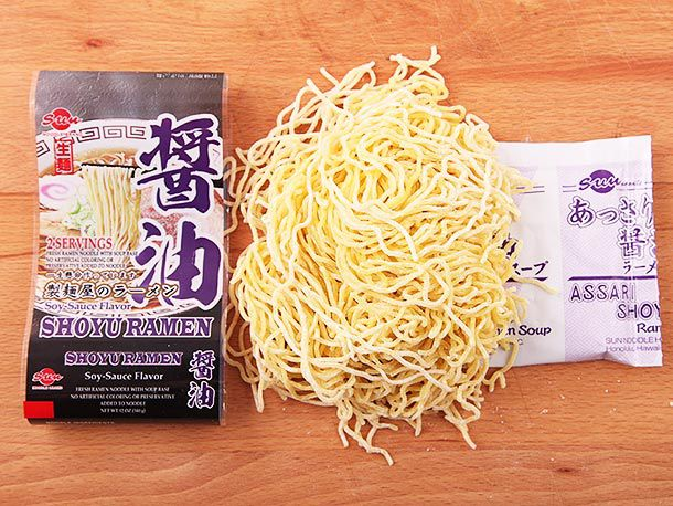 20140422-sun-ramen-brands-taste-test-02.jpg