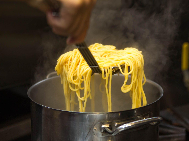20141103-fung-tu-noodles-clams-sausage-vicky-wasik-30.jpg