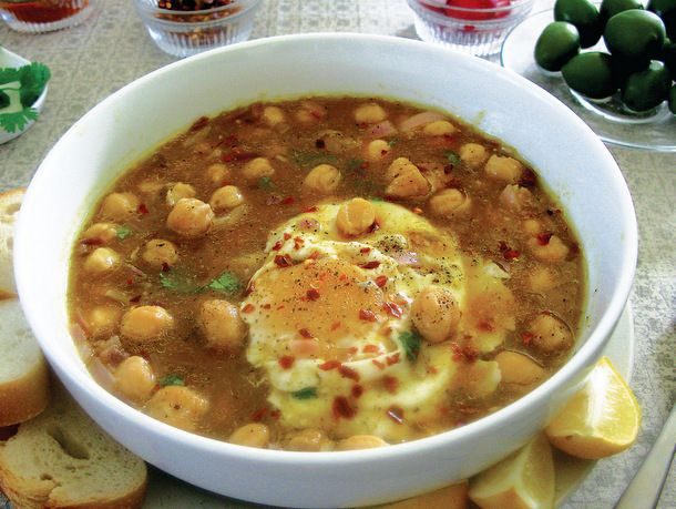 Lablabi (Tunisian Chickpea Soup)