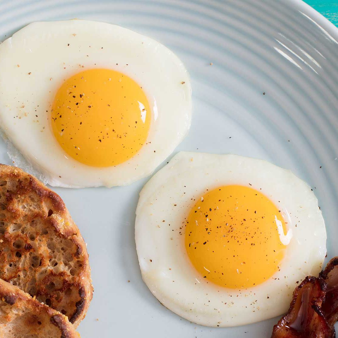 Sunny-Side Up Fried Eggs Recipe
