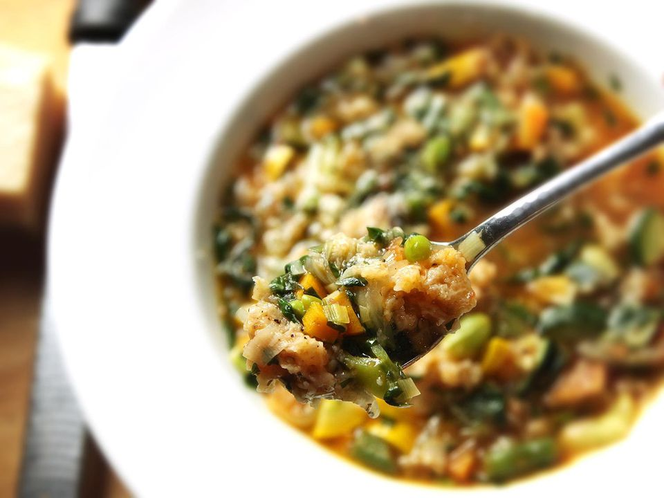 20171220-vegan-soup-recipes-roundup-03