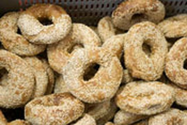 A pile of Montreal bagels.