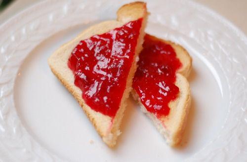 20110525-153157-raspberry-rhubarb-jam-4.jpg
