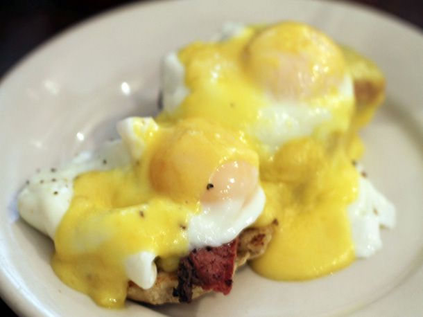 06052012-209285-(counter cafe)-(counter benedict).jpg