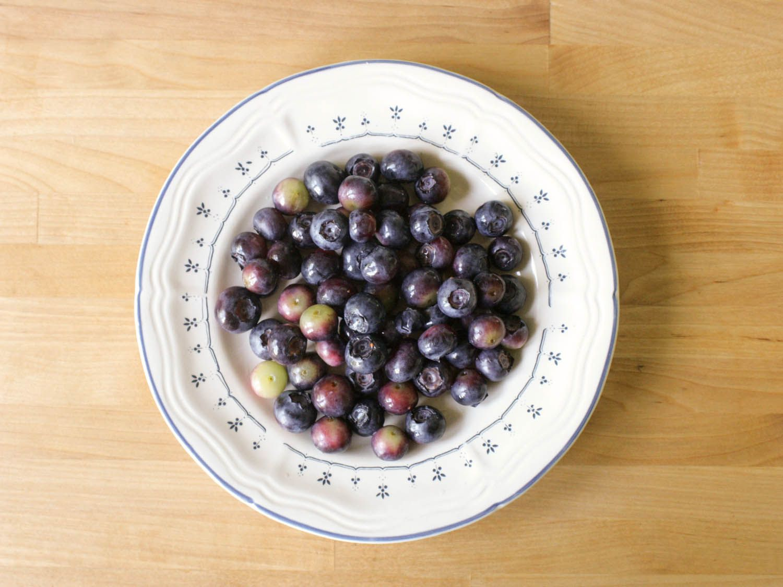 20140608-blueberry-jam-handful-jennifer-latham.jpg