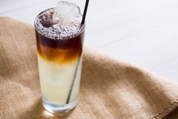 20150622-3-ingredient-cocktail-dark-stormy-vicky-wasik.jpg
