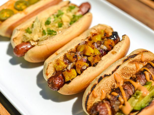 20140508-292404-how-to-grill-hot-dogs-variations.jpg