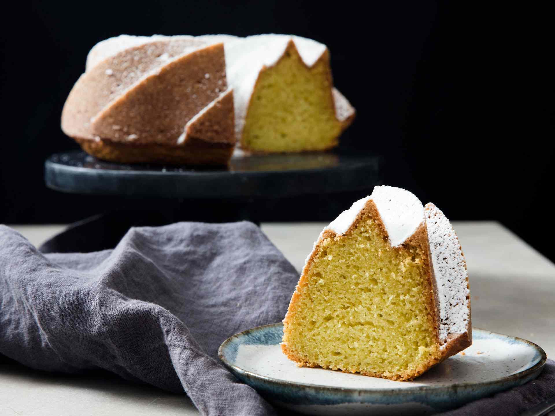 20190227-bundt-cakes-vicky-wasik-4
