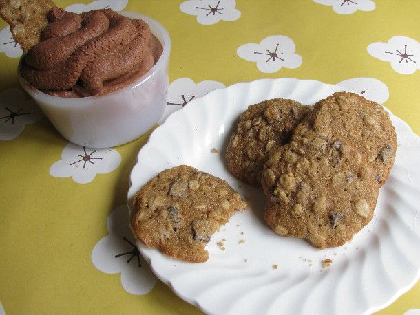 Stout and Chocolate Mousse with Guinness Oatmeal Cookies
