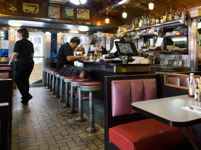 20150106-diners-interior-square-diner-vicky-wasik-5.jpg