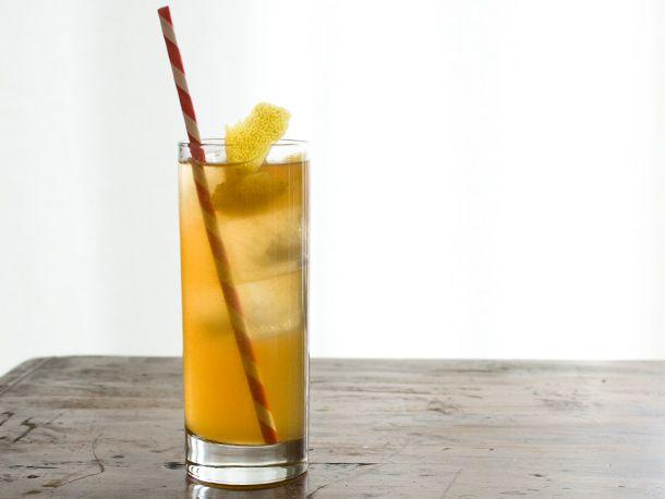 201203-202314-seasonalcocktails-icedtea-whiskey.jpg