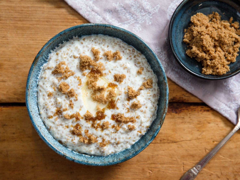 Creamy Irish-Style Oatmeal With Brown Sugar