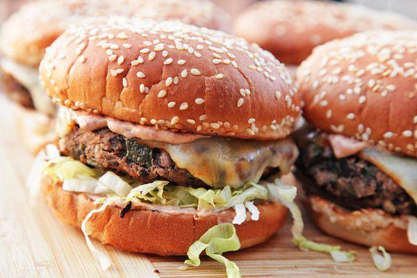 20150612-vegetarian-burger-recap-04.jpg