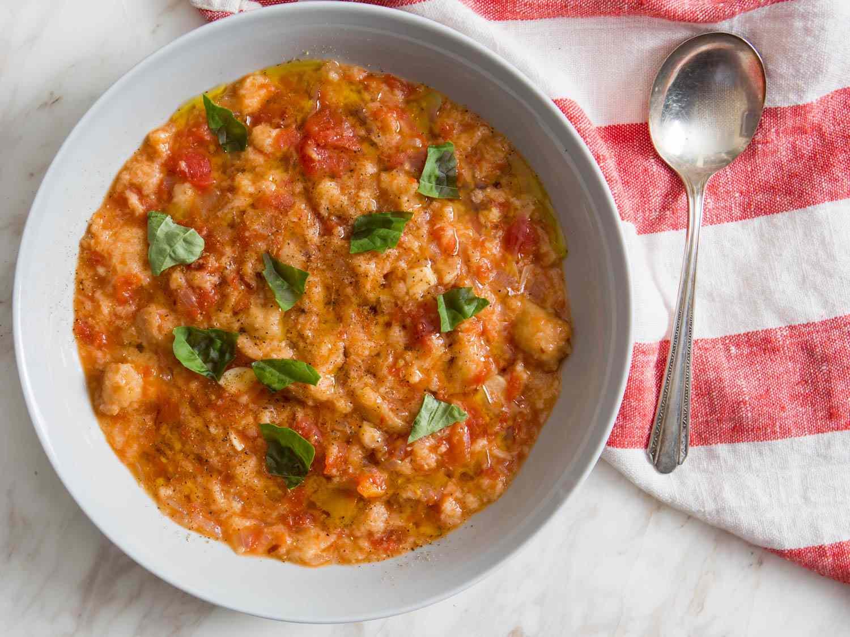20151228-vegetarian-soup-recipes-roundup-08.jpg