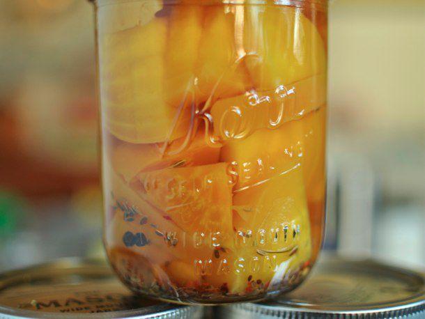 20111008-174218-finished-pickled-beets-610.jpg