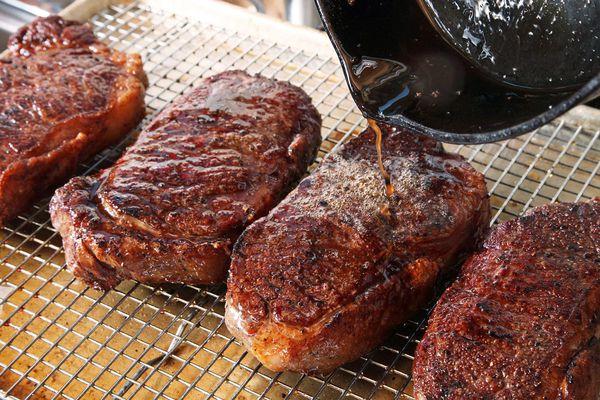 Anova-Steak-Guide-Sous-Vide-Photos13-crisping