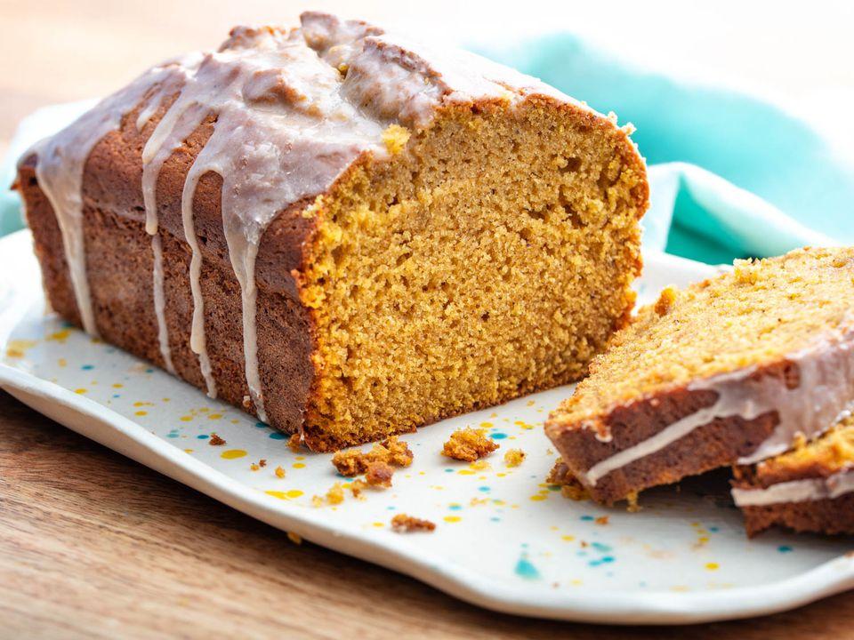 20201014-pumpkin-bread-vicky-wasik-beauty