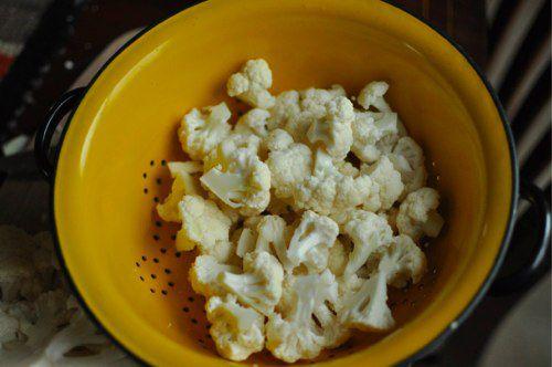 20111219-184442-cauliflower-florets.jpg
